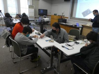 「プログラミングでつくるキラキラLEDキューブ」を開催しました!